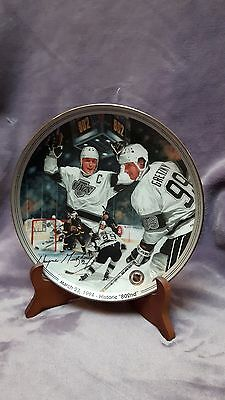 """1996 Wayne Gretzky Limited Edition 8"""" Limited Edition Commemorative Plate"""