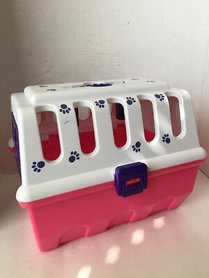 Battat Toy Pet Carrier/ Kennel for Stuffed Animals Pink &White Plastic Pawprints