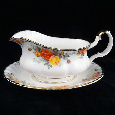 PACIFIC ROSE Royal Albert Gravy Boat & Stand  Bone China NEW NEVER USED England