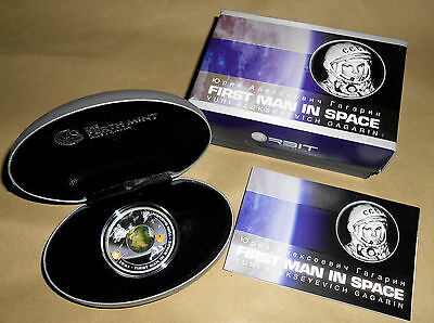Perth Mint * First Man in Space* silver coin/capsuled/boxed.