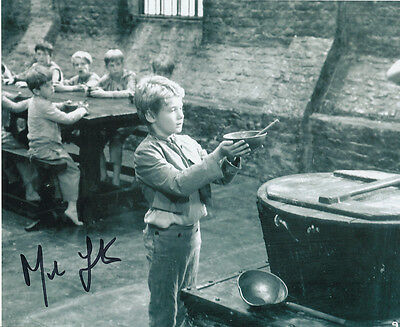 Mark Lester SIGNED photo - J681 - Oliver!
