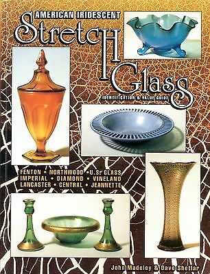 American Iridescent Stretch Glass - Fenton Northwood Imperial Central Etc / Book