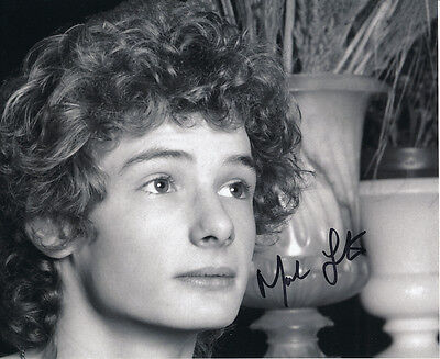 Mark Lester SIGNED photo - J722 - English former child star and actor