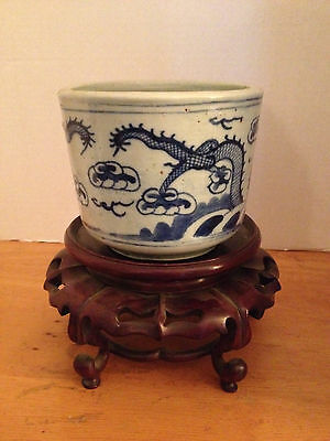 Antique Chinese Ceramic/porcelain Pot/planter Unsigned-Blue Dragons On White