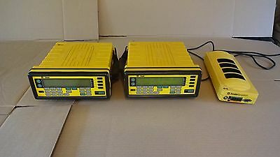 2 Trimble Navigation 4000Sse Receiver With 20669-Xx Charger Powers On