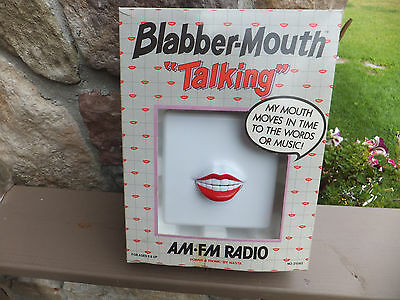 Vintage Modernism Blabbering Mouth Moving Sync Lips AM/FM Radio - Mid Century