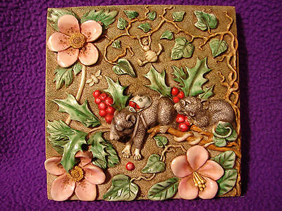 Harmony Kingdom Byron's Secret Garden Picturesque Tile - Two Blind Mice