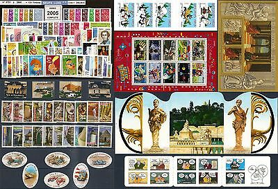 FRANCE Année COMPLETE 2005 - NEUF ** LUXE - 132 Timbres