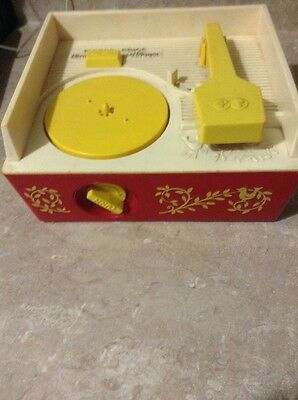 1971 Fisher Price Wind Up Music Box Record Player #995