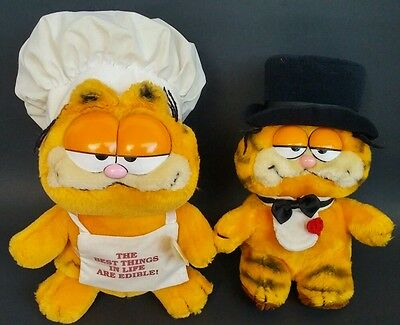 Garfield Plush Stuffed Animal Dakin Chef Hat Apron Tuxedo Bib Vintage Toys 1981