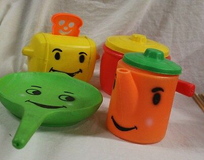 VINTAGE Empire Toy Plastic Kitchen Set - Toy cooking set - Toy pots and pans