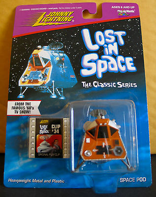 Johnny Lightning Classic Lost In Space Space Pod Moc Playing Mantis 1998 Clip#34