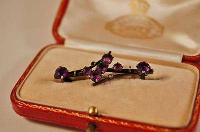 Victorian or early Edwardian Brooch pin Seed Pearl and Amethysts