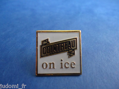 Pin's pin COINTREAU ON ICE ( ref L17 )