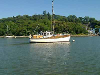 Gentlemens Yacht, Motor Sailing Boat, Live a Board, Classic Wooden 1949 Project
