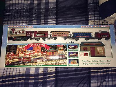 Vtg Chrismas Train Station With Sound Dickensville Collectables