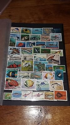 """44 timbres """"Poissons"""" (lot 8)"""