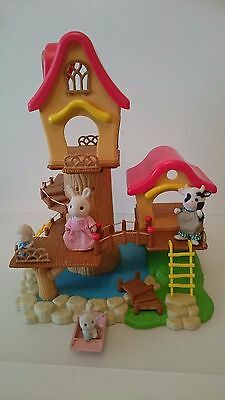 Sylvanian Families  House   And  Figures