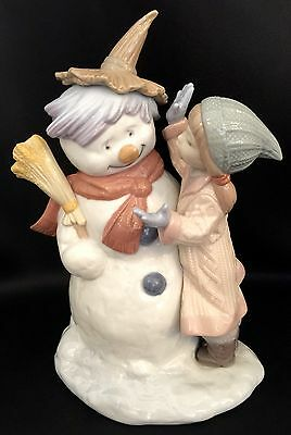"""Very Adorable Lladro """"Talk To Me"""" Snowman with Kids (8168 Mint Condition)"""