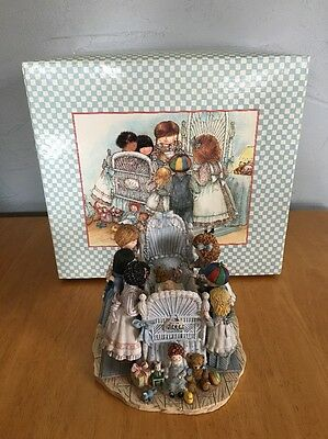 Lang and Wise A New Special Friend # 41600226 First Edition 1998 Collectible