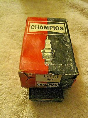 Vintage Champion NEW Old Stock L-77J  Spark Plugs Set of 10