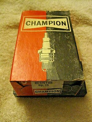 Vintage Champion NEW Old Stock RL-78 Spark Plugs Set of 10