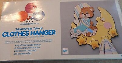 TEDDY BEDDY BEAR Tidee-Up Clothes Hanger Unused for Nursery Very Rare #423 VTG