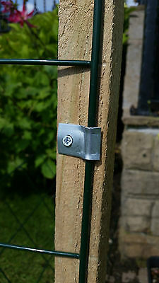 Metal Wire Securing Clips Fence Fasteners Weld Mesh Fixings To Wooden Post