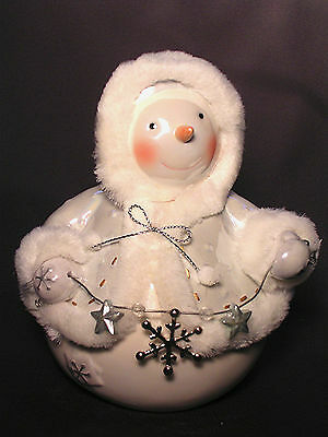 Twinkling Snowman With Snowflake By Enesco New
