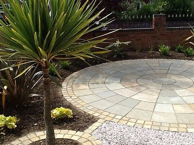 Sandstone/Limestone circle. patio / paving 4m