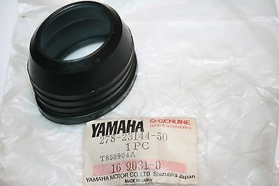 Nos Oem Yamaha Motorcycle Fork Dust Seal R5 Rt1 Rd250 Rd350 Rt3 Dt2