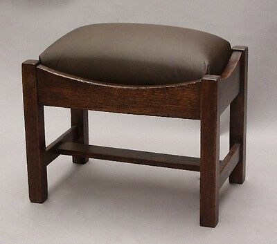 1910 Antique Arts & Crafts Foot Stool Vintage Craftsman Oak Wood Bench (9893)
