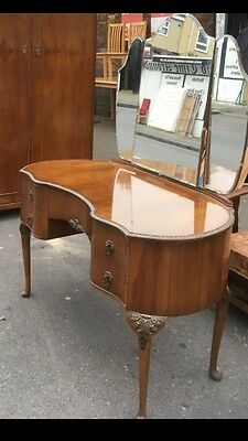 """Bargain £165!  Beautiful dressing table with mirror by """"Walnut Cabinet Works"""""""