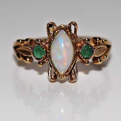Unusual Opal Emerald 9ct yellow gold ring size M ~ 6 1/4