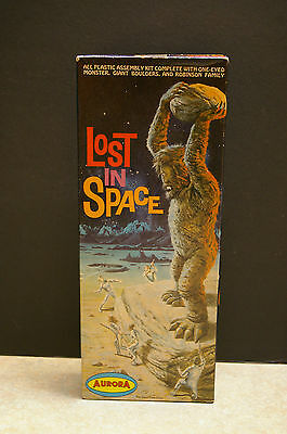 Rare 1966 Aurora 'one-Eyed Monster' Lost In Space No.419-100 Model Kit Complete