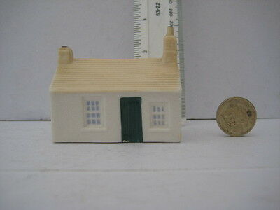 Rare Goss Crested China  Free Standing Cottage First Last House In England