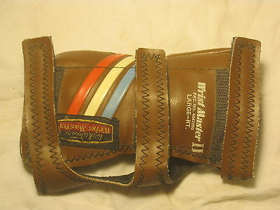 Wrist Master II Large RT.  bowling bowl glove support U.S.A. Right handed
