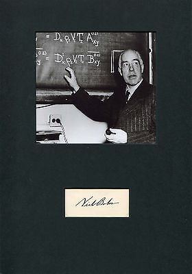 Niels Bohr NOBEL PRIZE autograph, signed card mounted