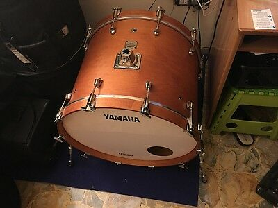 "* Ribasso* Yamaha Maple Custom Absolute Nouveau 24""x18"" Bass Drum"