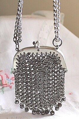 Vintage Coin Purse, metal mesh, a stunning item.Antique