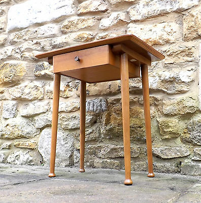 MID CENTURY MODERNIST ERA ERCOL STYLE 1940's 50's 60's VINTAGE SIDE TABLE