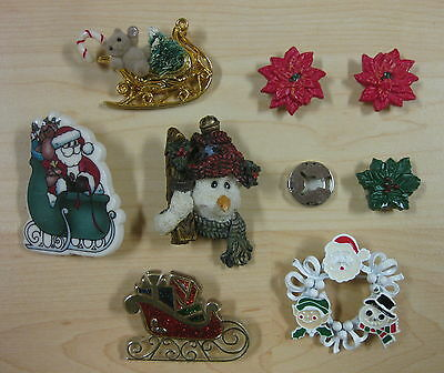 (8) Vtg older CHRISTMAS PIN BROOCHES BUTTON COVERS metal plastic HALLMARK 1985