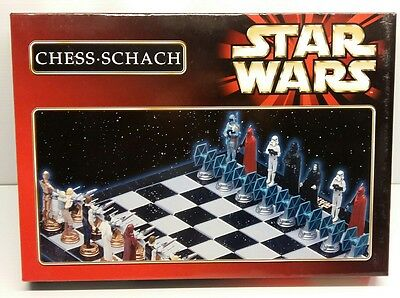 STAR WARS CHESS GAME - German Edition - Complete in original Box