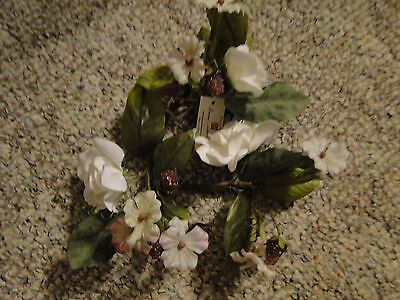 Home Interior White Rose Berries Candlering New With Tags