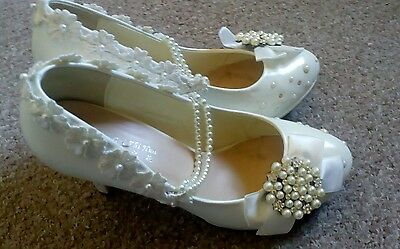 "4"" Low Heel Ivory Pearl Wedding Bride Shoes Size 6"