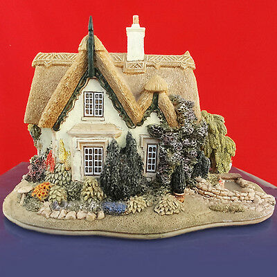 "Lilliput Lane HALCYON DAYS L2047 NEW IN BOX 4.75"" tall made in England"