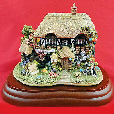 "Lilliput Lane HAPPY 21st BIRTHDAY L2587 NEW IN BOX 3.75"" tall made in England"