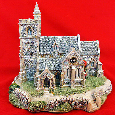 "Lilliput Lane ST. LAWRENCE CHURCH NEW IN BOX 6"" tall made in England 1989"