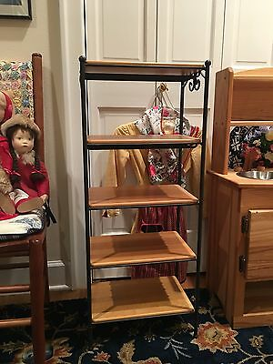 Longaberger Foundry Collection Wrought Iron 5 Tier 5 Wood Shelves Mint condition