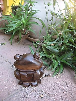 "Vintage 4"" Height Art Decorative Carved Iron Wood *** FROG *** Figurine Statue"